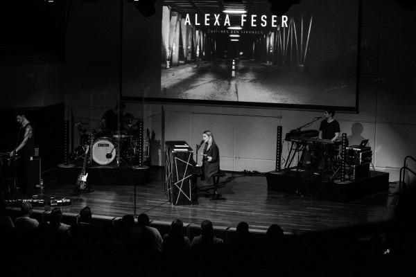 Alexa_Feser-095