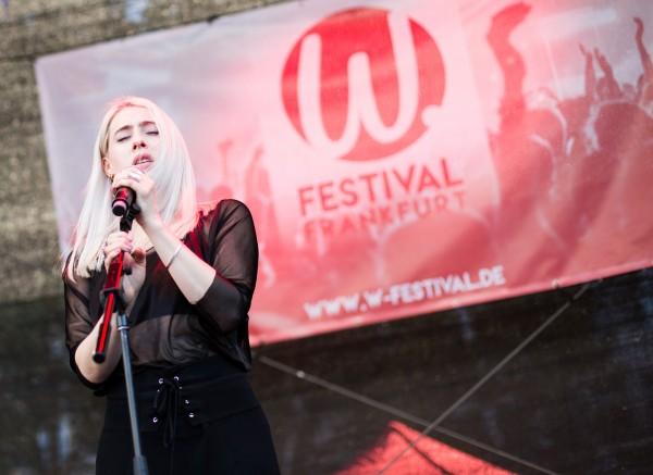Violet_Skies_W-Festival_2017-095
